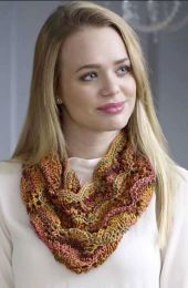A Marmo AND Mazzo Pattern - Bella Cowl. Scarf, Hat & Mitts FREE with Purchases of 4 or more skeins of Marmo and/or Mazzo (One Pattern for each 5 Skein Purchase Please)
