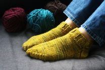 September 2010 Dream in Color Dream Club Free Pattern - Slipper Socks