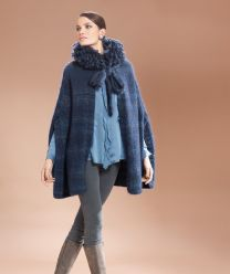 Moments 007 Pattern Book - Ladies Cape - A Diverso Pattern
