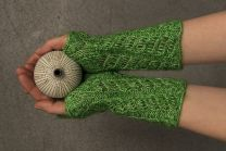 HIDA Wrist Warmers - Uses Sensai and Kinu Yarn Lines (Pdf File)