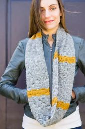 Seafoam Loop Scarf - A Juniper Moon Stargazer Pattern - FREE WITH PURCHASES OF 2 OR MORE SKEINS OF Stargazer (PDF File)